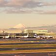早朝の羽田からの富士